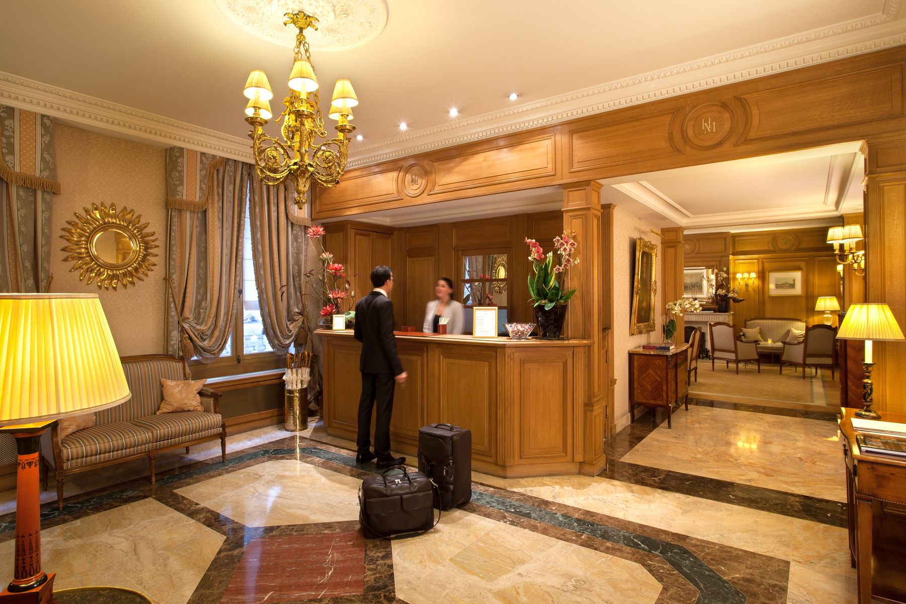 378/Accueil/Hotel_Mayfair_Paris_Front_Office_1_resultat.jpg